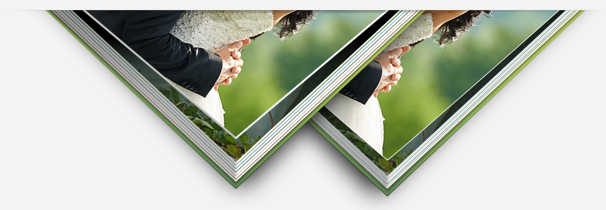 The photobook XT (extra thick) has thicker pages than the normal photobooks. The thickness is 1.08 mm with a grammage of 600 g/m².